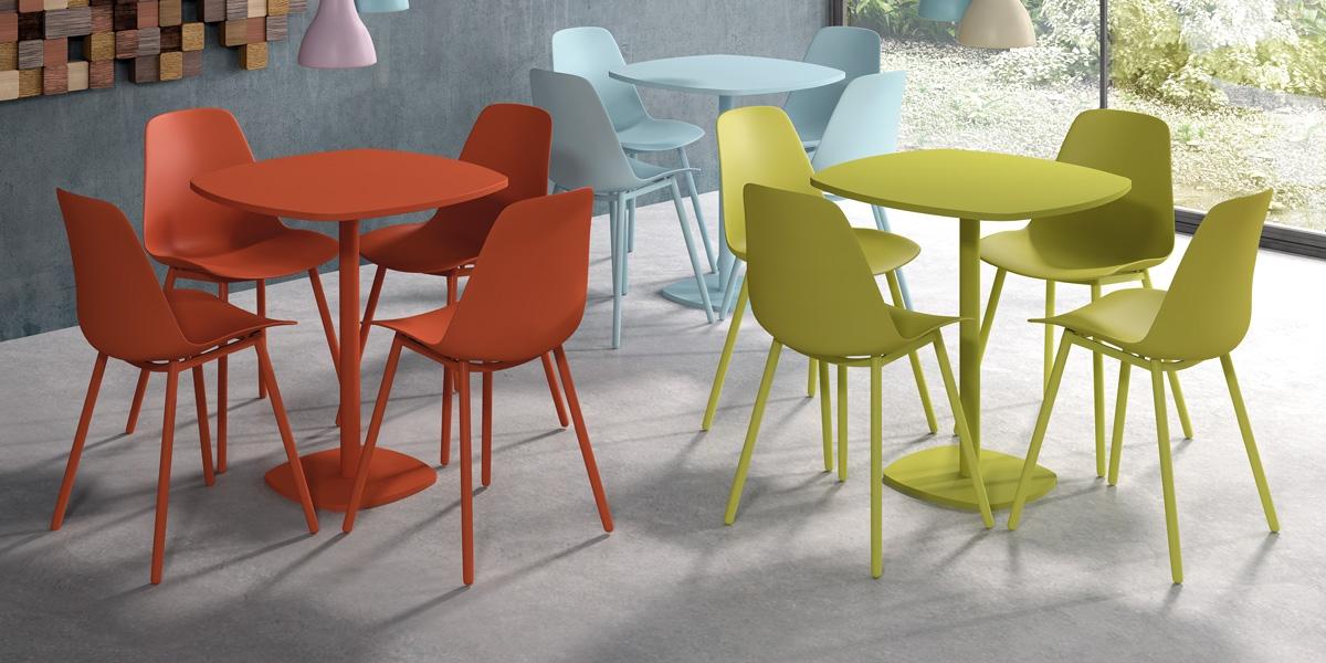 Ensemble tafel Circa en stoelen Claudio