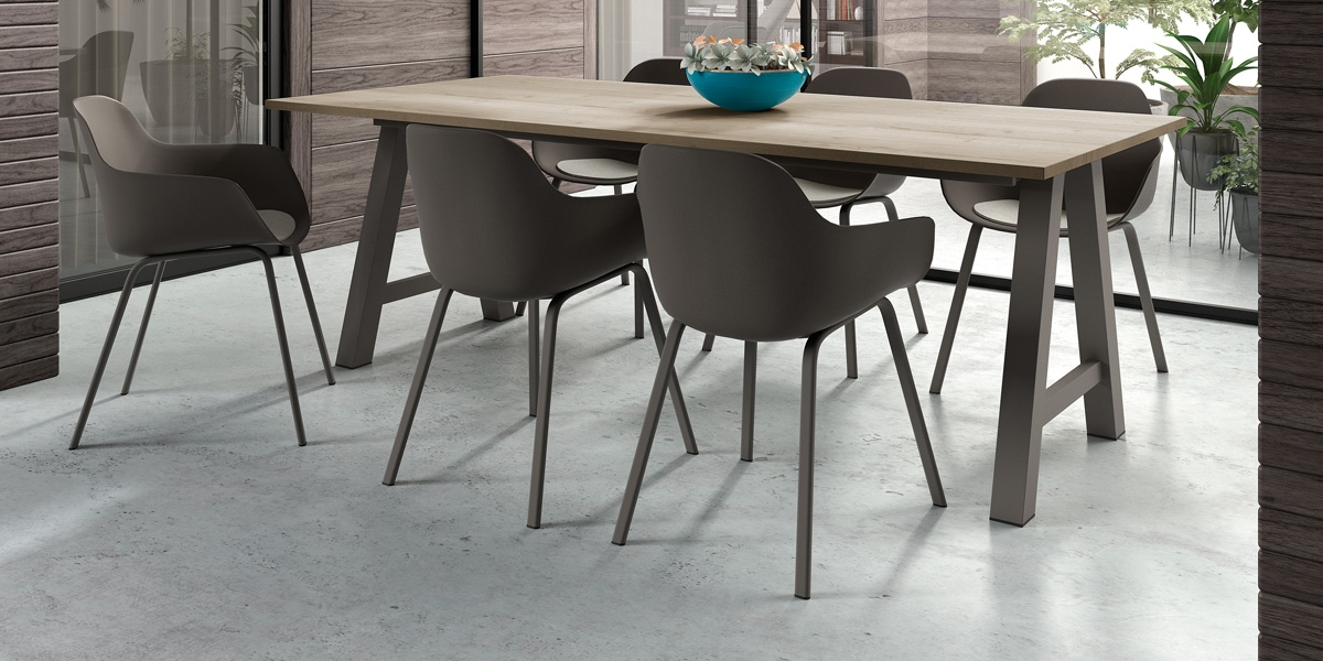 Ensemble table Alegro and chairs Horta with Pad Cloë