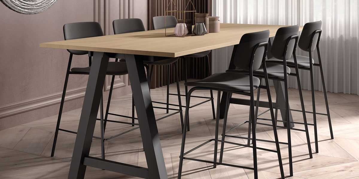 Ensemble table Alegro and stools BarLago