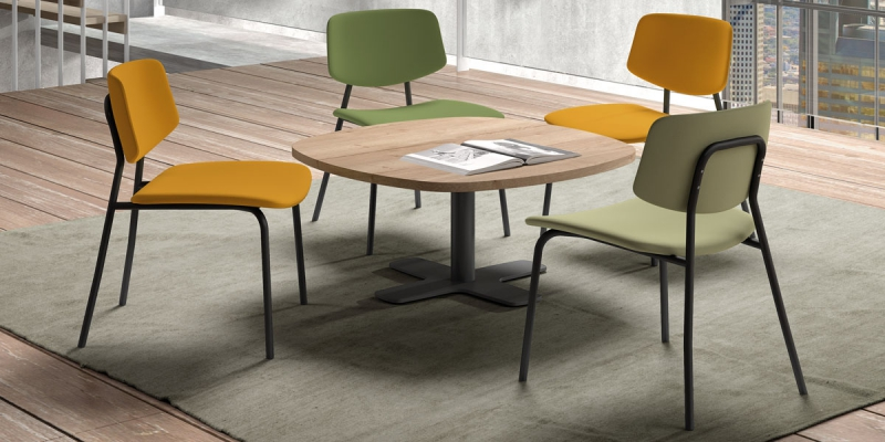 "Ensemble tafel Spinner en stoelen ""Lago Easy Chair"""
