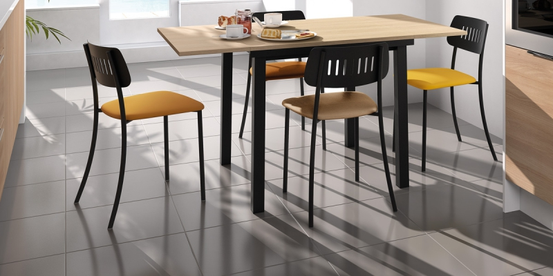 Ensemble tafel Vienna en stoelen Movie